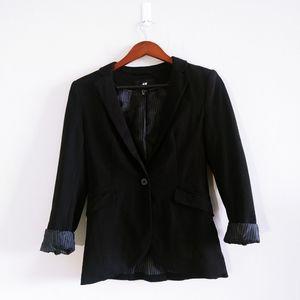 H&M Woman Black Blazer Size 6